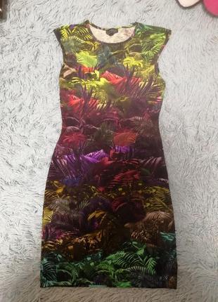 Новое яркое платье topshop р s