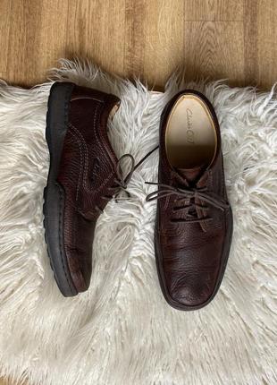 Натур. кожаные туфли clarks на шнуровке