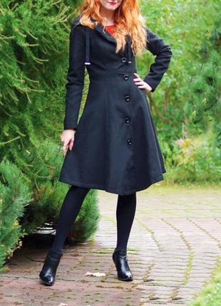 Стильное  пальто черного цвета! размер xs-s