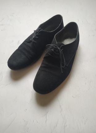 Замшевые туфли moschino