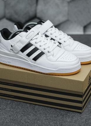 Топовые мужские кроссовки  демисезонные adidas кожаные адидас белые