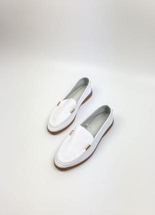 Лоферы натуральная кожа белые женские балетки туфли
