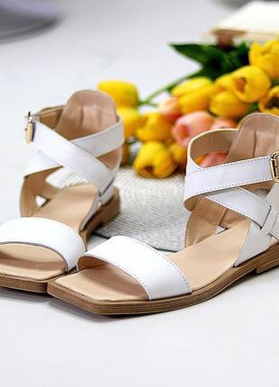 Люксовые кожаные белые босоножки римлянки натуральная кожа низкий ход  в наличии2 фото