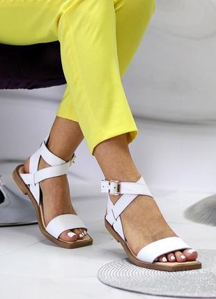 Люксовые кожаные белые босоножки римлянки натуральная кожа низкий ход  в наличии9 фото
