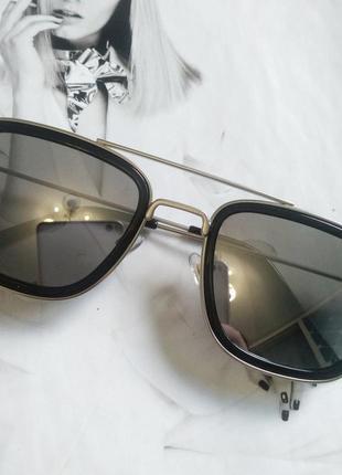 Солнцезащитные стильные очки в металлической оправе чёрный