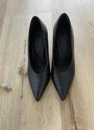 Туфли под змею