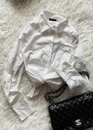 Белая рубашка flashlights