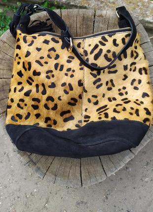 Леопардовая замшевая стильная сумка