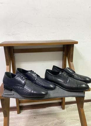 Мужские итальянские туфли baldinini в синем и чёрном цвете italy