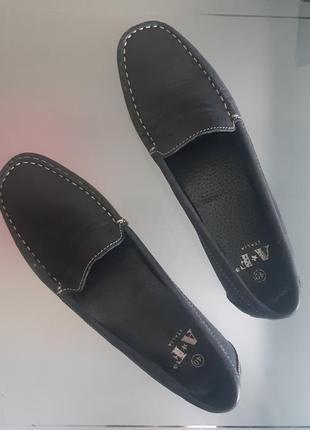 Лофери / туфлі чорні шкіряні