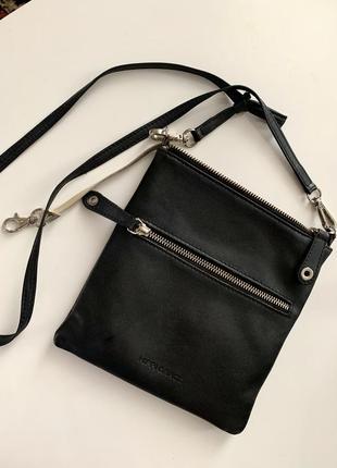 Брендовая сумка crossbody из натуральной кожи