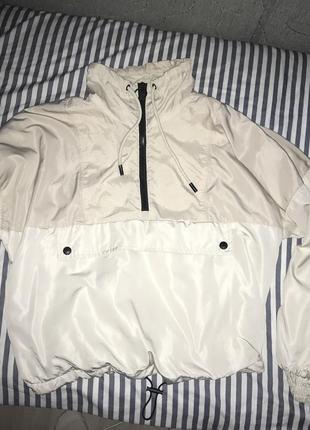 Куртка (ветровка) pull&bear