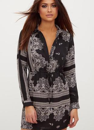Красивое сатиновое платье-рубашка в узор торга нет