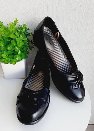 Новые туфли cushion walk размер 41-42