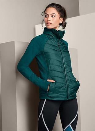Утепленная беговая куртка с капюшоном dryactive plus от tchibo(германия) размер 36 евро=42-46