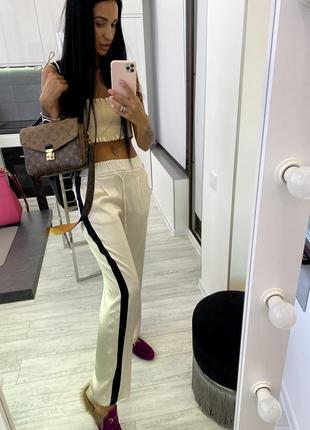 Бежевые шелковые штаны брюки шёлк вискоза zara