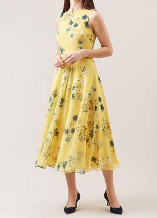 Потрясающее цветочное платье миди