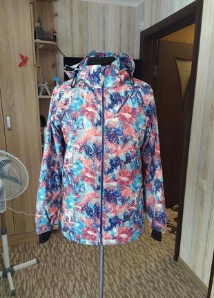 Крутая трекинговая куртка trevolution 46-48 размер