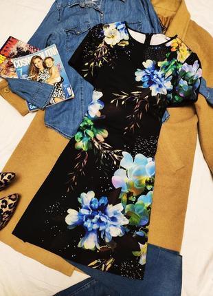 Oasis платье чёрное в цветочный принт синие цветы классическое