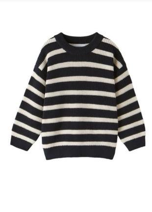 Плотний тепленький светр