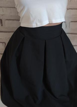 Юбка черная на моднии