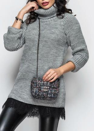 Удлененный вязаный свитер