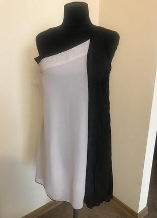 Платье  вечернее на одно плече