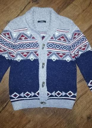 Тёплый вязаный свитер, кардиган