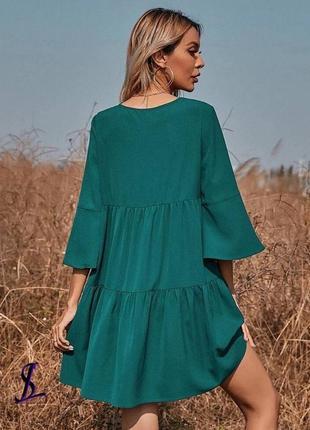 Свободное изумрудное платье3 фото