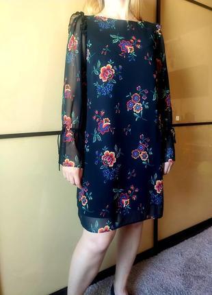 Нарядное черное платье с цветочным  принтом длинные рукава  от marks & spencer8 фото