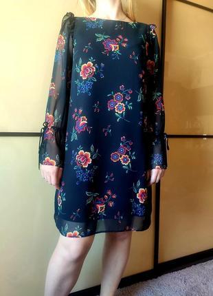 Нарядное черное платье с цветочным  принтом длинные рукава  от marks & spencer9 фото
