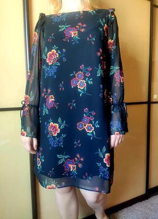 Нарядное черное платье с цветочным  принтом длинные рукава  от marks & spencer4 фото