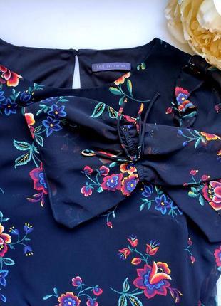 Нарядное черное платье с цветочным  принтом длинные рукава  от marks & spencer2 фото