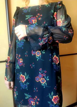 Нарядное черное платье с цветочным  принтом длинные рукава  от marks & spencer10 фото