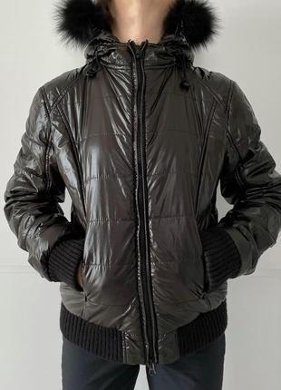 Женская куртка черная дутая тепла лакированная, лакована куртка, демисезонная куртка.