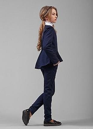 Шкільна форма темно-синя піджак з баскою для дівчинки 1 клас