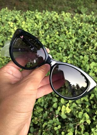 Очки солнцезащитные от calvin klein