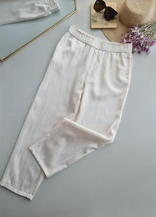 Легкие брюки, высокая посадка