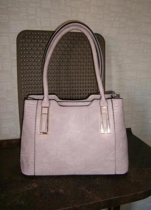 Красивая, повседневная сумка с длинными ручками. giovanna milano