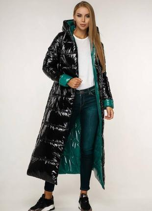 Зимнее теплое лаковое пальто макси 1202 черное, р 44-58