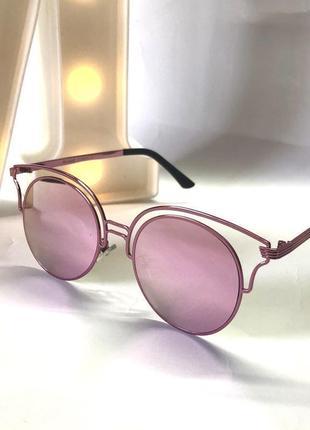 Розовые очки зеркала