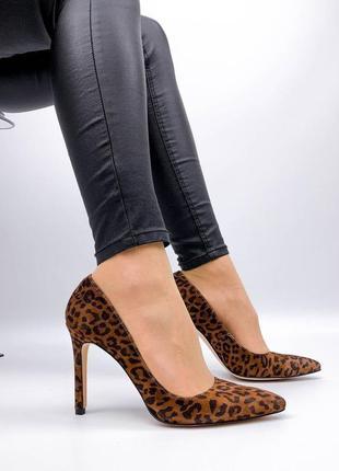Туфлі туфли лодочки на высоком каблуке качественные якісні замшевые натуральна замшеві натуральный замш замша на среднюю узкую ногу лео леопардовые