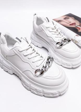 Белые кроссовки на платформе с цепями, экокожа, р. 36-40
