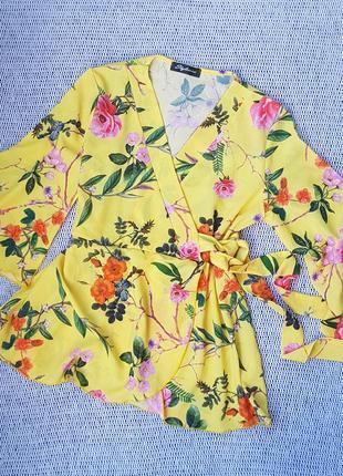 Нежная и романтичная блуза на запах stylewise в цветы, цветочный принт,расклешенный  рукав 3/4 блузка летняя, топ,топик, рубашка