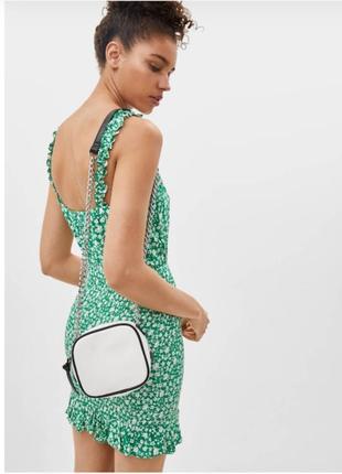 Сумка сумочка с цепью квадрат квадратная маленькая на длинном плечевом ремне с цепочкой на молнии