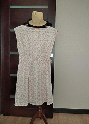 Легкое летнее батистовое платье