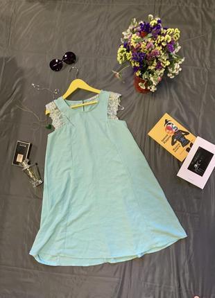 Платье мятное легкое летнее, платье трапеция, платье с кружевом