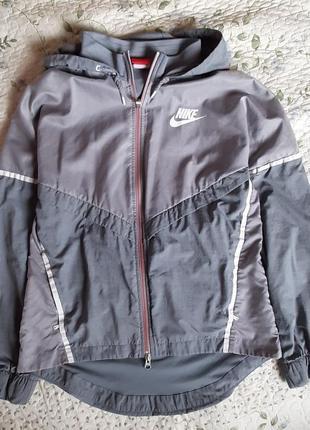 Куртка вітровка nike