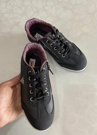 Стильні туфлі для хлопчиків