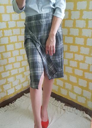 Асимметричная миди юбка карандаш с запахом в клетку/гусиную лапку/высокая посадка м размер,спідниця